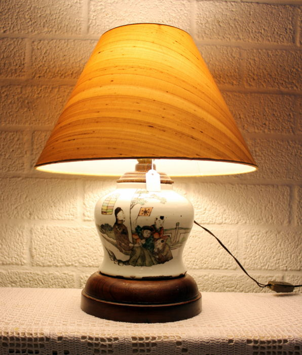 China Republic Period 1912 to 1949 Porcelain Elephant Head Table lamp
