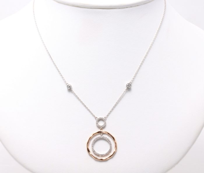 Necklace in 14k with brilliant cut diamonds 0,70 ct