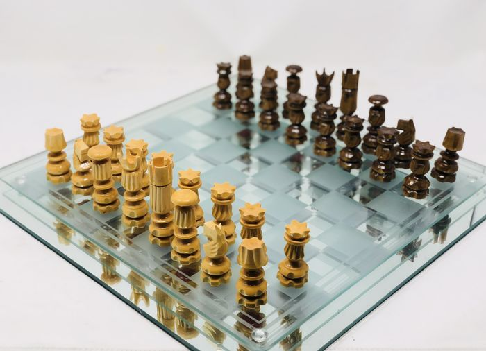 Russian chess with board
