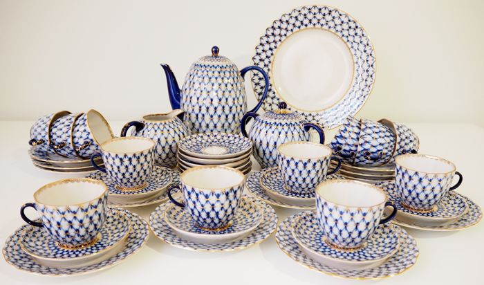 "Lomonosov - ""Tulip Cobalt Net"" Coffee Set for 12 persons"