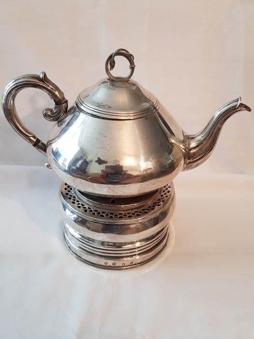 Silver brazier with silver tea pot, a.o. van Kempen, The Netherlands, 1832 and 1900
