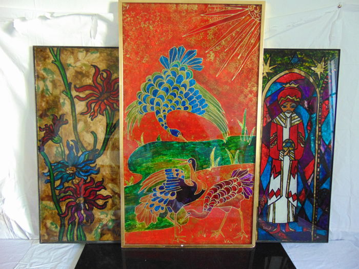 Lot of 3 beautiful paintings on glass signed VAL, welded iron frame