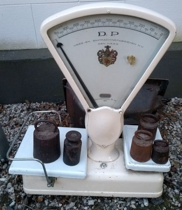 De Pa Weighing scales from 1950