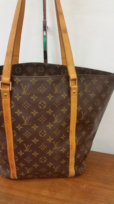 3cbf7a091 Louis Vuitton - Shopping Saco de compras - Catawiki