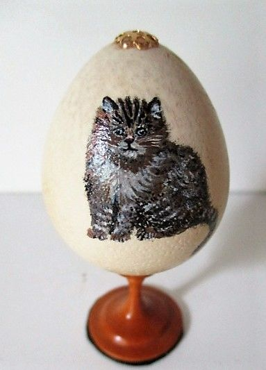 Hand-painted, numbered and signed Bird's Egg on Palm Wood pedestal - 6.7cm