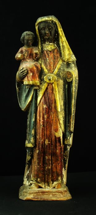 Polychrome wooden sculpture of the so-called Black Madonna - Spanish school - 18th-19th century