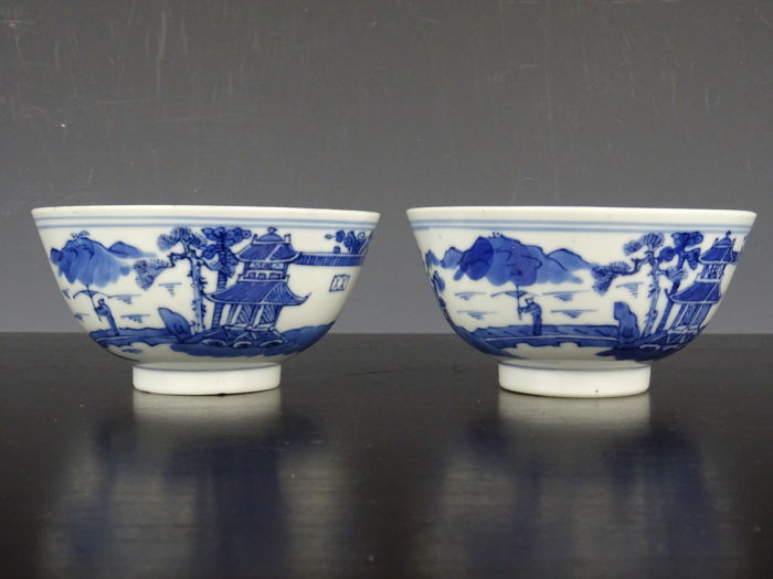 Porcelain bowls - China - early 20th century