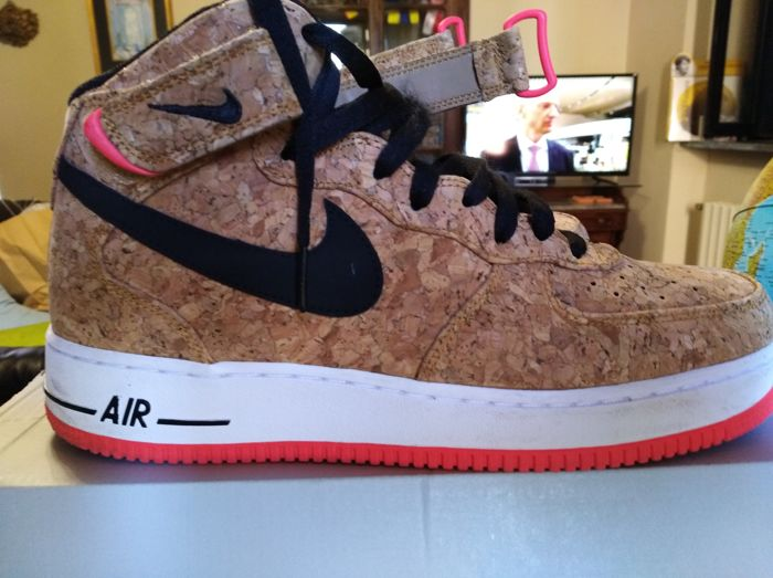 Nike Air force 1 MID '07 CORK.