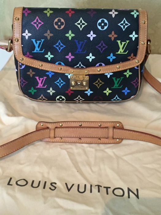 Louis Vuitton - Sologne shoulder bag.