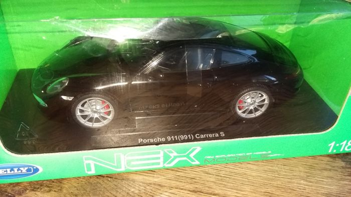 Welly - 1:18 - Porsche 911 (991) Carrera S - NEX