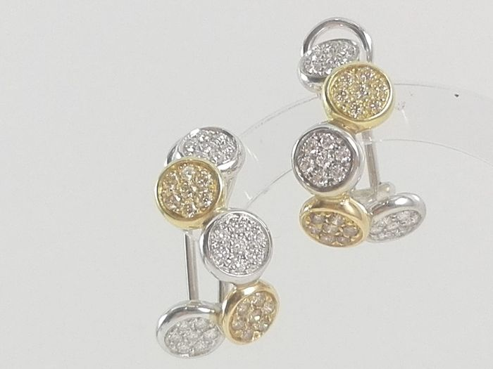 Women's semi-circle earrings in 18 kt white and yellow gold with natural diamonds totalling 1.40 ct Weight: 11.2 g