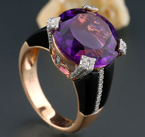 Unique ring with amethyst, brilliants and onyx totalling 8.35 ct - 750 rose gold