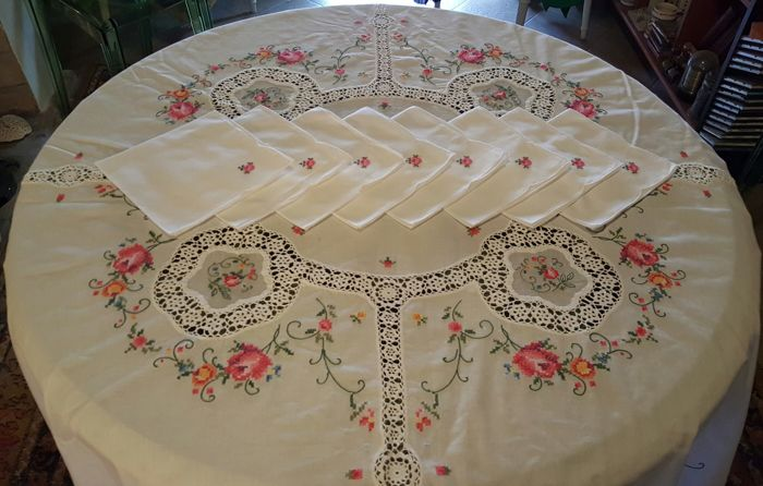 Large Round Tablecloth Embroidered By Hand In Cross Stitch And Crochet