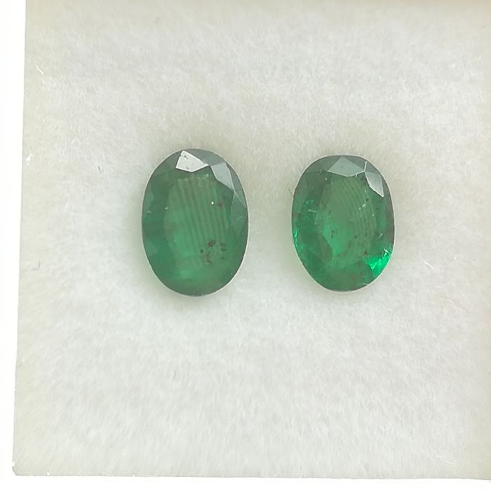 Lot of 2 emeralds - 1.25 ct *No reserve price*