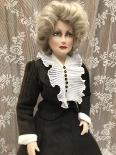Art deco doll by Niesje Wolters' by Bemmel Unique object, there is only one