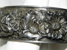 Antique bracelet circa 1890 floral