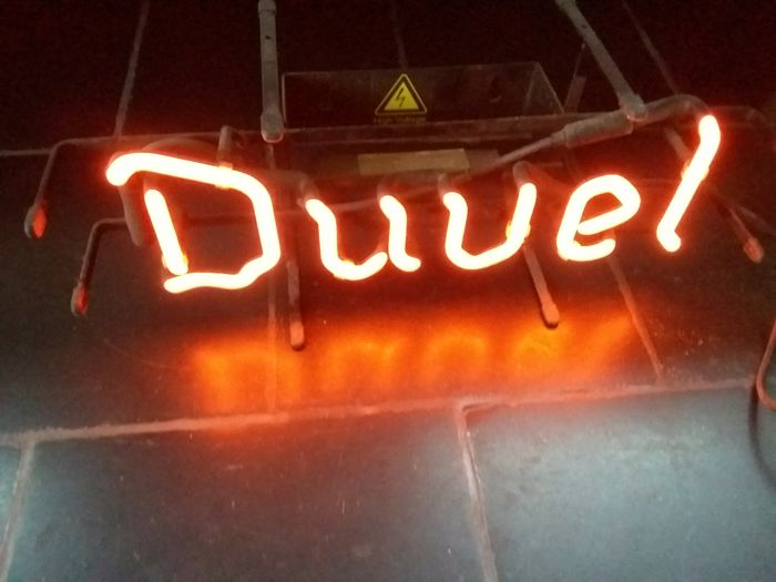 Neon Duvel illuminated advertising 2000
