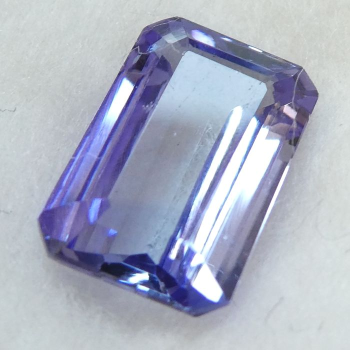 Tanzanite – 1.79 ct – No Reserve Price