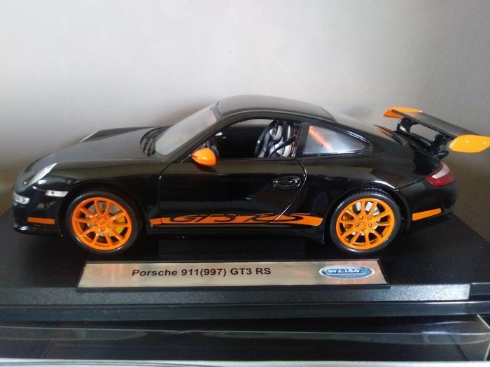 Welly - 1:18 - Porsche 911 GT3 RS