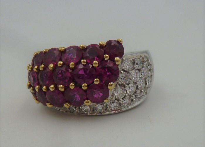 Ring band round rubies 2.50 ct and round brilliant cut diamonds 0.50 ct - Size 13