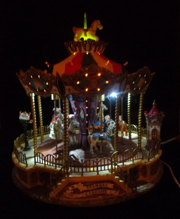 Lemax Belmont animal carousel with light and music