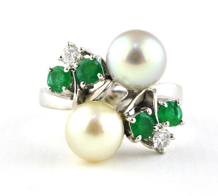 "Exclusive ""Toi et Moi"" Ring with Twin Pearls, Natural Color Emeralds & Diamonds set on 18k White Gold (Hallmarked)"