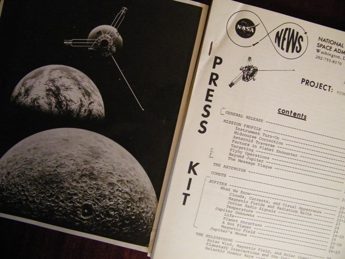 Press Kit Jupiter-verkenner Pioneer-10 en foto - Vintage NASA materiaal 1972/73