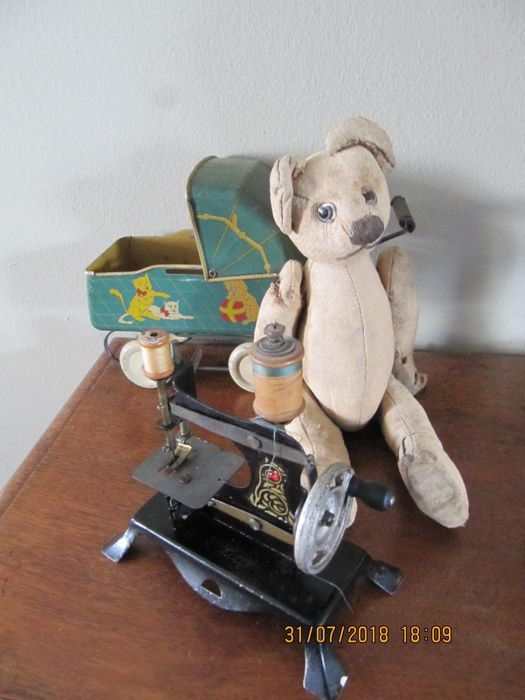 Small Tin Doll Carriage Sewing Machine And Antique Bear Catawiki Custom 18 Doll Sewing Machine