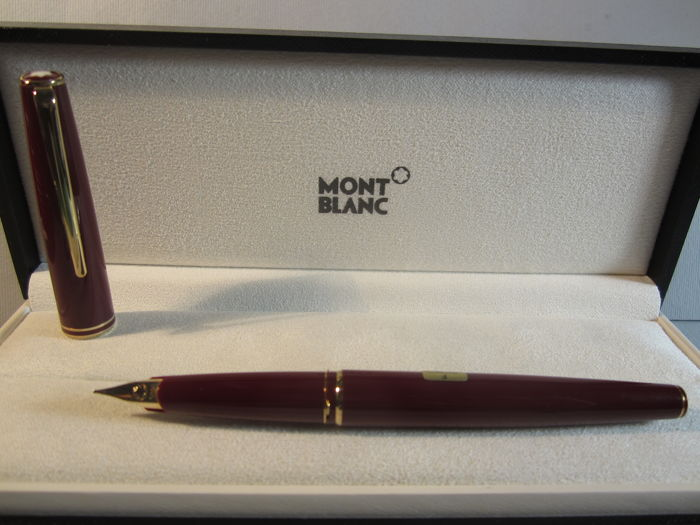 "Montblanc ""Classic"" burgundy fountain pen in gold - original box - ""old stock"" in perfect condition -"
