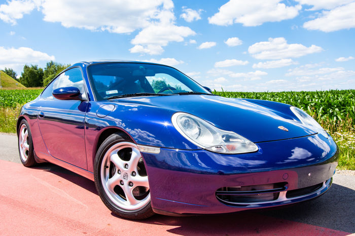 Porsche - Carrera 911 imported from Japan, only 57000 km - 2000