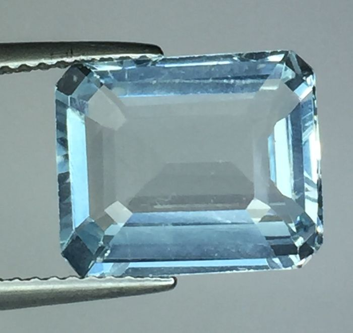 Aquamarine - 4.94 ct - no reserve price