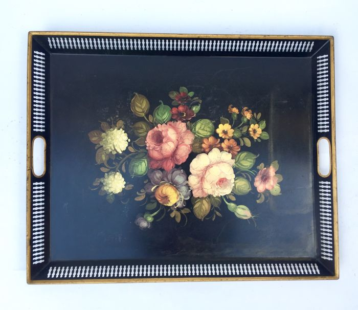 Beautiful serving plate in painted metal in Napoleon III style - circa 1900 - France