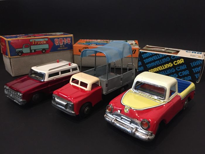 Ne-Kur (Turkey), Servis Oto, 17 cm, K.T.09 + Tin Truck (China) MF981, 16 cm + Travelling Car (China), MF731, 14 cm 1960s/1970s