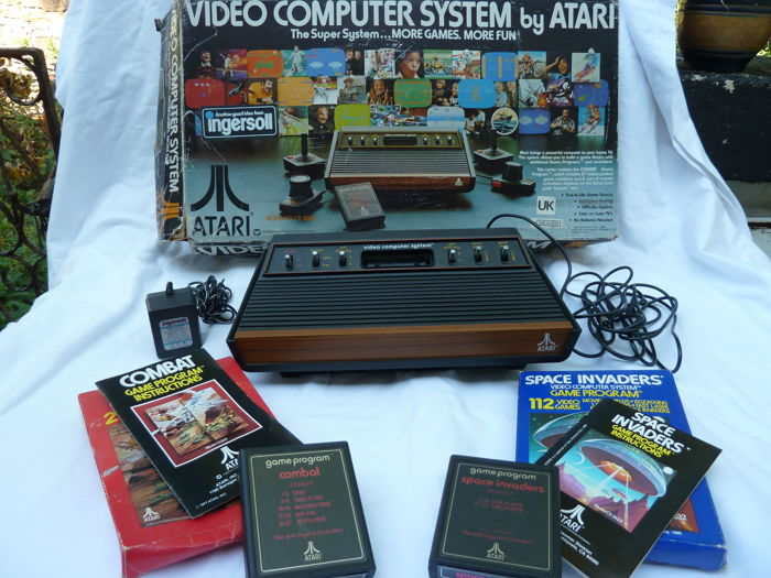 Atari Video Computer System CX-2600 With original Box & 2 Games 1980
