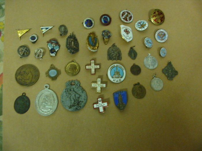 Lot of religious/Catholic organizations badges - medals from the 1930s/60s