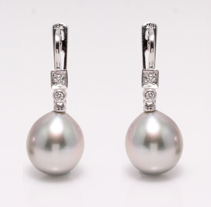 18K White Gold Earrings Featuring Lustrous Silvery Grey Tahitian Pearl Drops and 0.07Ct SI G Diamonds - NO RESERVE PRICE