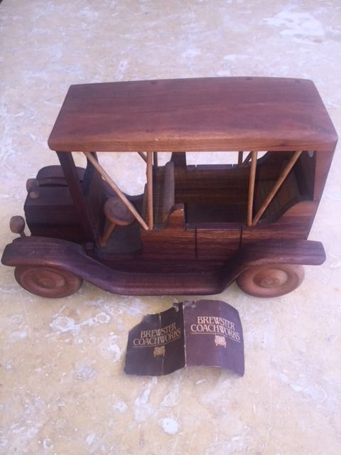 Models/ Toys - 1909 FORD MODEL T TOURING - 1982 (1 items)
