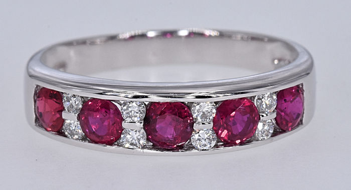 1.73 Ct Rubies with Diamonds, band ring NO RESERVE price!