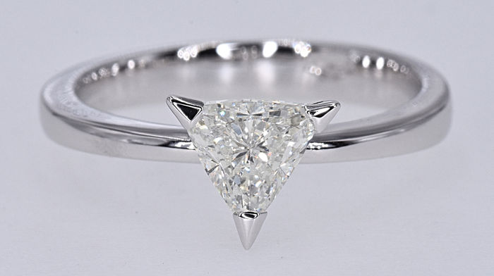 1.12 Ct Diamond solitaire trillion ring
