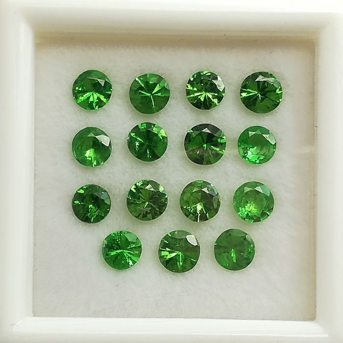 Lot of 15 tsavorites - 2.13 ct