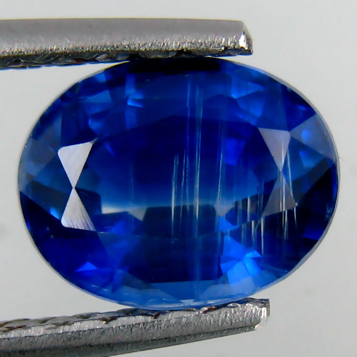 Kyanite - 2.62 ct -  Deep Blue - No Reserve