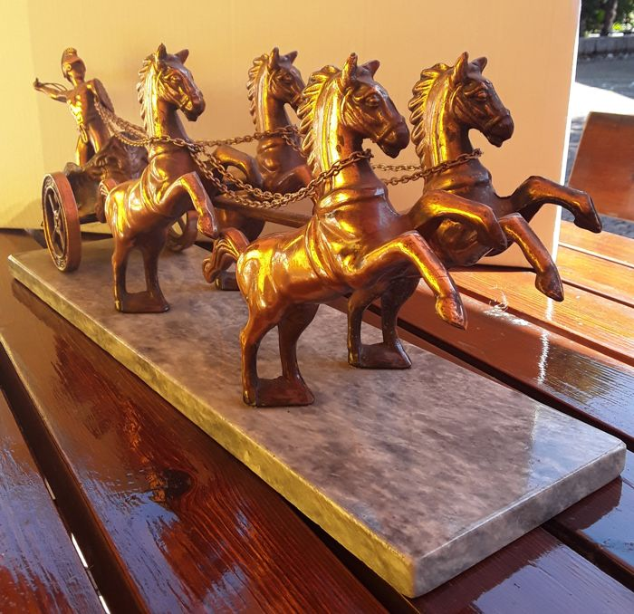 Chariot with four horses in brass and marble - 1980s