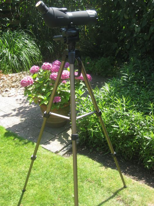 Telescoop: BRESSER Spotting Scope 20-60 x 60 with large tripod HAMA star 63 and  small table tripod