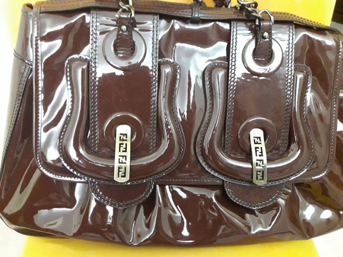 Fendi - Almost-new patent leather bag