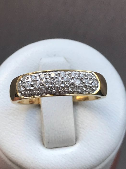 18 kt yellow gold ring with diamonds of 0.50 ct – size 57/18.1 mm