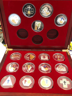Andorra - Cook Islands + Liberia Pope Johannes Paul II + Benedict XVI - 17 Piece Silver Coin Collection with Swarovski Stones/Elements