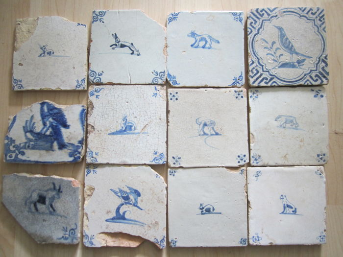 Tiles with animals