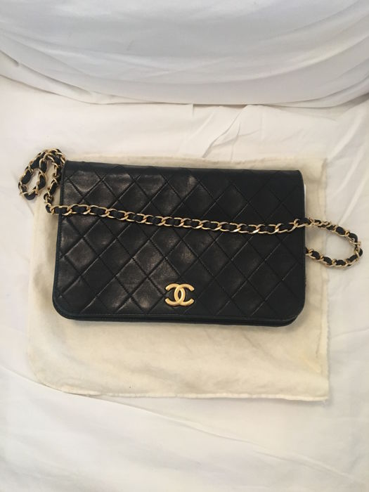 ccf9c0394a0 Chanel - Sac Timeless Shoulder bag - Vintage - Catawiki