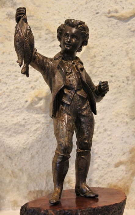 """Fisherman"" ancient statuette in spelter zamac"