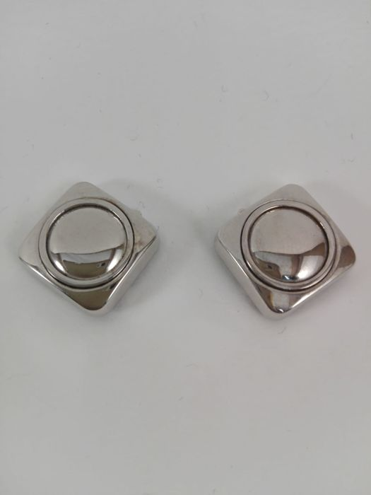 Men's button covers in 18 kt white gold  Weight 7.3 g